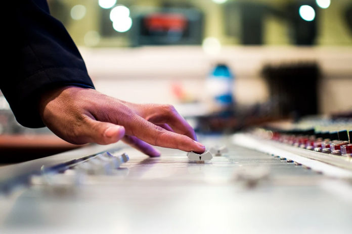 How To Find A Music Agency To Work For You?